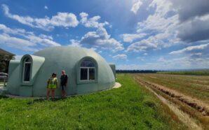 На Франківщині збудували сферичну хату. ФОТО