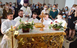 Владика Володимир рукоположив п'ятьох нових священників. ФОТО