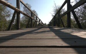 На Франківщині 12 років не можуть збудувати міст. ФОТО/ВІДЕО