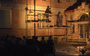 Театр під зорями: у Коломиї зіграли виставу просто неба. ВІДЕО