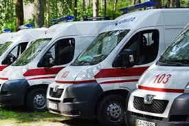 Франківські медики отримали 7 сучасних автомобілів швидкої допомоги
