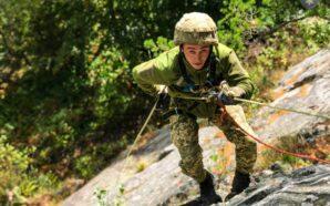 """Як бійці коломийської """"десятки"""" в горах проходять військову підготовку. ФОТО"""