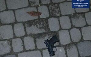 У Франківську патрульні затримали чоловіка, який, можливо, стріляв з пістолета…