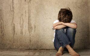 В Івано-Франківську соціальні працівники забрали двох дітей від батьків-кривдників