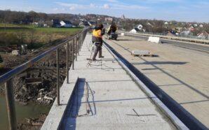 У Боднарові завершено основні роботи із облаштування мосту
