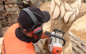 Прикарпатець створює скульптури бензопилою. ФОТО