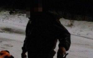 В Калуші поліцейські охорони затримали чоловіка, який пошкодив та намагався…