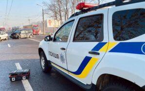 Поліція розслідує смертельну аварію біля Франківська, де загинули дві людини.…