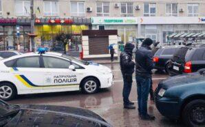 Поліцейські затримали квартирників-гастролерів, які намагались обікрасти помешкання франківця та поранили…