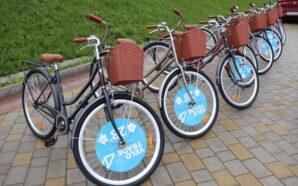 У Ямницькій громаді листоноші отримали нові велосипеди. ФОТО