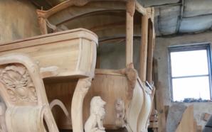 Прикарпатець виготовляє королівську карету в стилі бароко. ВІДЕО