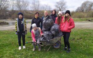 Вихованці Сопівського шкільного лісництва долучилися до прибирання та благоустрою свого…