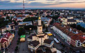 У Франківську розпочинається сезон щонедільних безкоштовних екскурсій містом