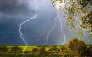 На вихідних синоптики прогнозують дощі та грози