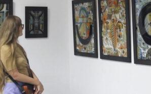 В Івано-Франківську презентували цикл мистецьких робіт на склі